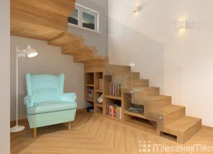zabudowa na książki pod schodami